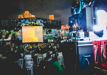 Beco da Codorna exibe filmes premiados em sessão gratuita ao ar livre