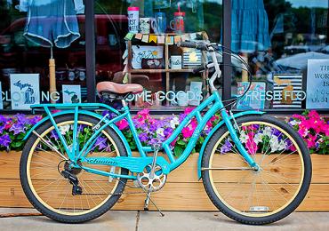 Exposição de bicicletas antigas no Portal Shopping