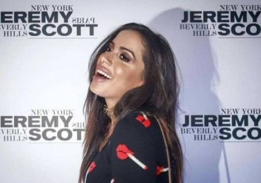 Anitta confirma em vídeo que fez preenchimento labial e desabafa no SnapChat