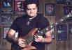 Artista Riq Vasconcelos fortalece a cena musical goiana com lançamento de CD nesta terça-feira