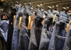 Bazar em Trindade oferece mais de 7 mil peças de roupa de grife com até 80% de desconto