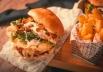 Restaurante de Brasília oferece batata frita e sobremesa gratuita neste sábado