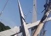 Homem escala estrutura metálica do viaduto da 85 em Goiânia; veja vídeo