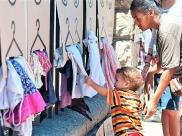 Goiânia recebe 'The Street Store' loja gratuita para moradores de rua