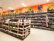 Bretas oferece desconto de 50% em uísque, vinhos e vodka durante a Black Friday em Uberaba