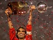 Há 12 anos, um goiano levantava a taça da Libertadores da América
