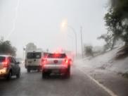 Chuva forte continua e Inmet volta a emitir alerta de tempestade no DF