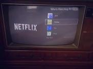 Homem consegue assistir Netflix em uma TV de tubo dos anos 1970 e vídeo viraliza