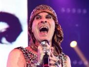 Ney Matogrosso apresenta turnê inédita em Goiânia