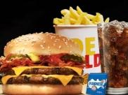 Burger King entra na briga e oferece balde cheio de fritas na Black Friday