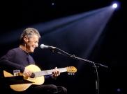 Chico Buarque leva turnê de Caravanas ao Rio de Janeiro