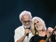 Oswaldo Montenegro e Renato Teixeira fazem show em Uberaba