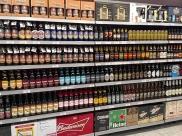 Supermercado em Uberaba comemora o Dia da Cerveja com terceiro rótulo grátis