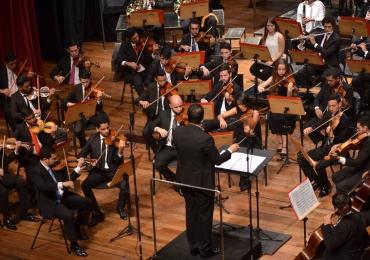 Orquestra Sinfônica Jovem interpreta grandes hits do rock mundial em Goiânia