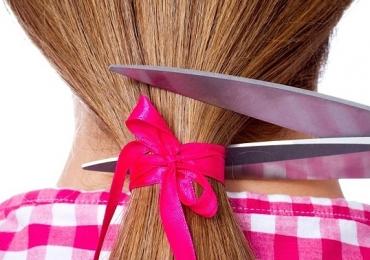 Cortes de cabelo gratuitos, caminhada e outras ações marcam o 'Outubro Rosa' em Uberlândia
