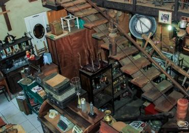 Descobrimos um antiquário incrível que é uma verdadeira viagem no tempo em Goiânia