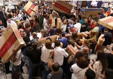 Maiores lojas do Brasil promovem mega-promoções neste fim de semana com desconto de até 80%