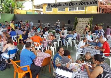 Goiânia recebe feijoada beneficente neste domingo em prol da LBV
