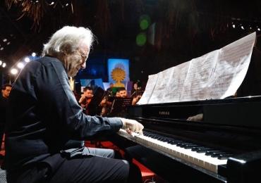 Maestro e Pianista João Carlos Martins apresenta 'Papo com Conteúdo' em Goiânia