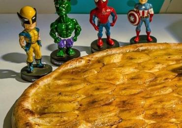 Pizzaria em Brasília inova e veste os entregadores como personagens dos quadrinhos