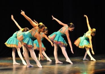 Sesc Goiás abre inscrições para cursos de música, dança e teatro