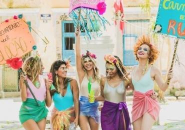 Pirenópolis tem carnaval de rua animado por tradicionais bloquinhos, shows e muita marchinha