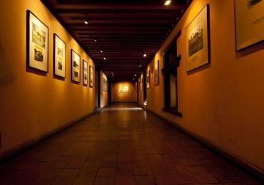 Exposição que explora os cinco sentidos através da arte tem entrada 0800 em Uberlândia