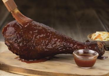 Coxa gigante de peru é novidade no cardápio do Outback Steakhouse em Brasília