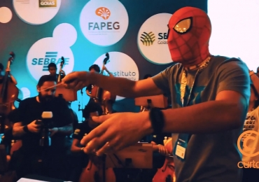 Homem-Aranha rege orquestra na abertura da Campus Party Goiás: assista