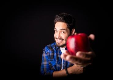 """Diogo Almeida apresenta """"Vida de Professor"""" no Teatro São Francisco, em Anápolis"""