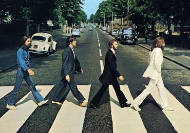 Há 50 anos nascia a foto mais marcante, polêmica e imitada da história da música mundial