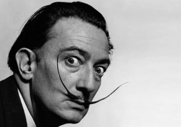 Exumação revela bigode intacto de Salvador Dalí 28 anos após a morte