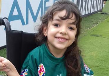 Internautas se mobilizam para ajudar criança com síndrome rara em Goiânia
