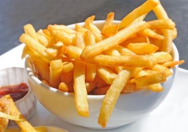 Hamburgueria inaugura loja na Asa Sul com batata frita e refrigerante grátis