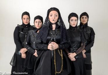 Espetáculo A Casa de Bernarda Alba abre evento especial pra mulheres com entrada gratuita