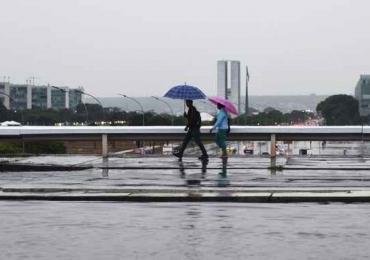 Semana terá chuva intensa e baixas temperaturas em Brasília, prevê meteorologia