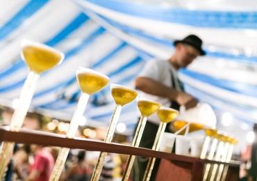 Catarinafest traz shows, churrasco, comidas típicas, concurso de chopp e patinação no gelo a Brasília