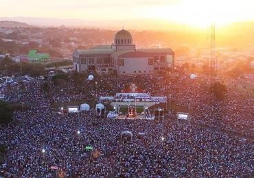 Romaria de Trindade reúne 3,2 milhões de fiéis e lança Jubileu de 180 anos da devoção