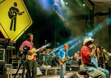 Playing For Change faz show em Brasília