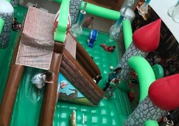 Uberlândia recebe parque inflável 'Mundo dos Dinossauros' com pula-pula, escorregador gigante e outras atrações