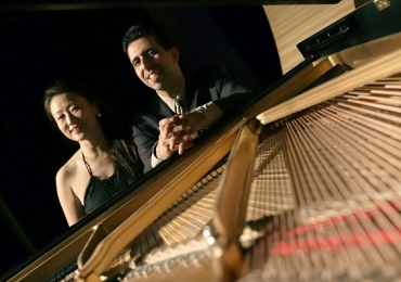 Duo internacional de pianistas faz concerto gratuito em Brasília