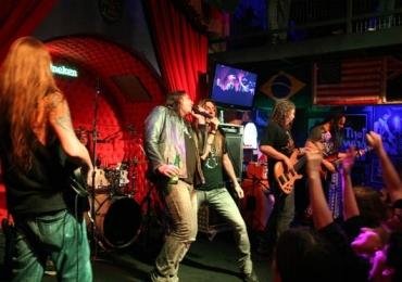 30 bares e pubs para ouvir rock em Goiânia