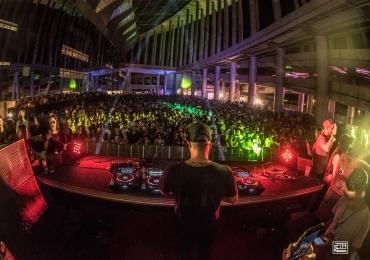 Festa eletrônica em Brasília traz tema grego e atrações do cenário nacional e internacional