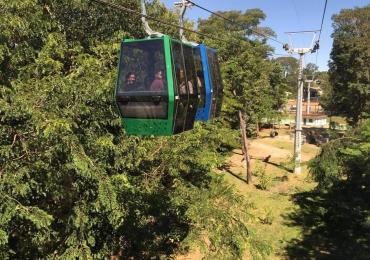 Conheça os brinquedos, horários e preços do Parque Mutirama em Goiânia