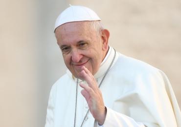 Papa Francisco torna denuncia de abuso sexual obrigatória por parte do clero