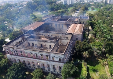 Museu Nacional mostra parte do acervo ao público depois de incêndio