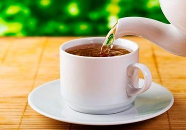 Como ser um bebedor de chá no mundo dos cafés e onde encontrar essas 'bebidas da realeza' em Uberlândia