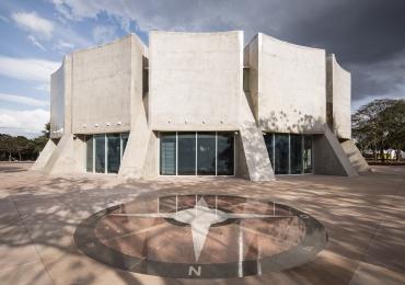 Planetário de Brasília promove curso de astronomia para iniciantes