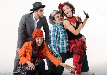 Grupo GTI estreia a comédia 'Os Fiapos do Umbigo' no Teatro Sesi