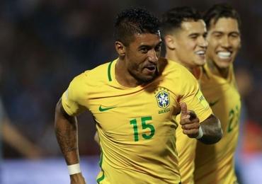 Com 3 gols de Paulinho e golaço de Neymar, Brasil goleia o Uruguai e silencia o Centenário